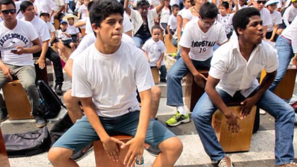 Promulgan ley que oficializa el Día del Cajón Peruano