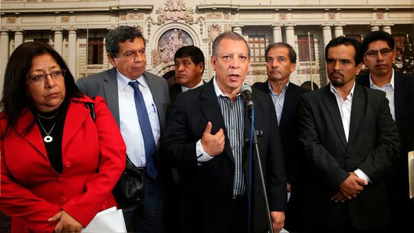 Durante la misma jornada en la que se comunicó la decisión de presentar la nueva moción de vacancia, Arana fue anunciado como candidato presidencial del Frente Amplio al 2021.