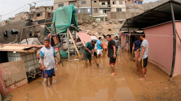 El año pasado, las lluvias en el Perú dejaron más de 100 muertos y cientos de casas destruidas en varias regiones de Lima.