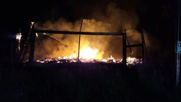 Ataques con artefactos incendiarios marcan visita del papa al sur de Chile