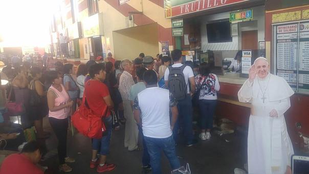 Población acude  masivamente  a la ciudad de Trujillo para participar de la misa papal