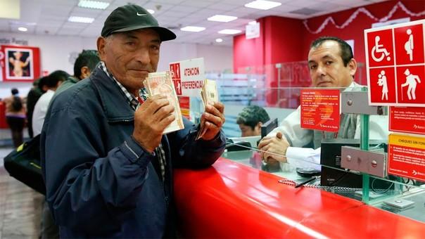 La devolución de los aportes se hace en el Banco de la Nación.