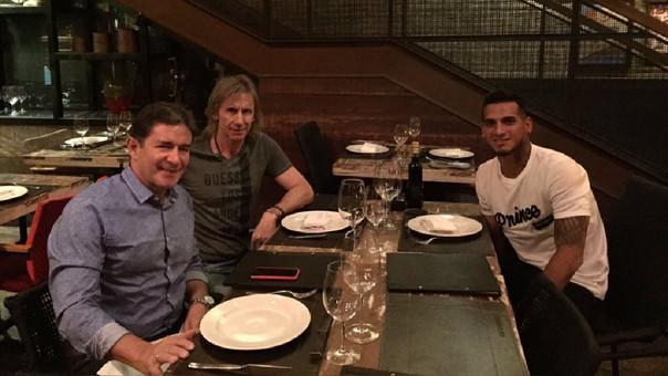 Gareca se reunió con Trauco en Brasil — Selección peruana