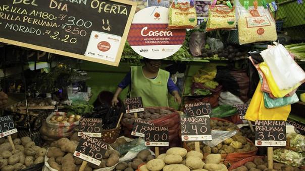 En Chile, Perú y México, el alimento más bajo es la lechuga, cuyo precio oscila entre US$0.61 y US$1.22. Para Colombia, lo más barato de la canasta es la pasta en su presentación de 250 gramos.