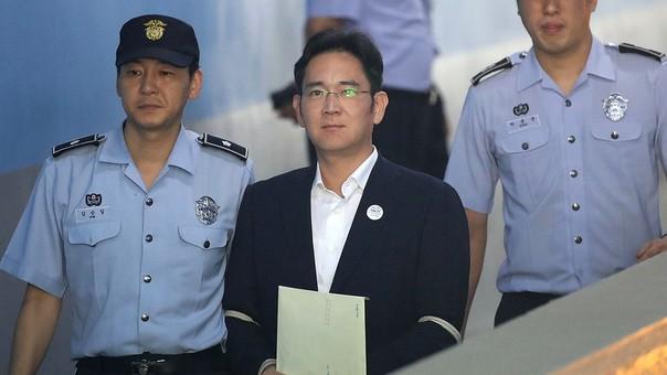 Liberan al heredero de Samsung — Corea del Sur
