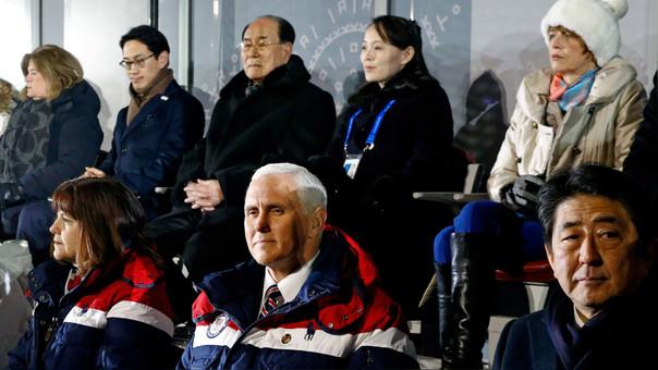 Arriba: Kim Yong Nam, jefe de Estado de Corea del Norte, y Kim Yo Jong, hermana de Kim Jong-un. Abajo, Mike Pence, vicepresidente de los EE.UU. y Shinzo Abre, primer ministro de Japón.