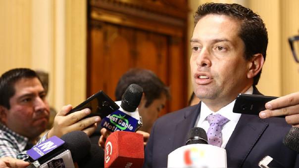 Congresista Miguel Torres: Proyecto del Ejecutivo sobre D.U. 003 tiene puntos positivos, pero Congreso no lo aprobará en tres días.