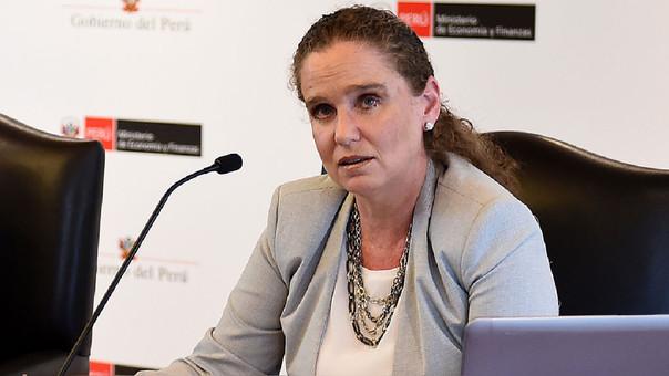 Ministra de Economía, Claudia Cooper: Mejora de expectativas es positiva para cumplir metas de crecimiento el 2018.