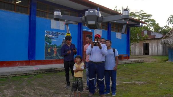 Araña voladora: comunidades indígenas usan drones para vigilar el ambiente