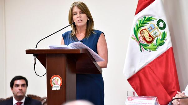 Cayetana Aljovín