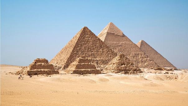 Las pirámides de Giza son patrimonio cultural de la humanidad y fueron considerados como una de las maravillas del Mundo Antiguo.