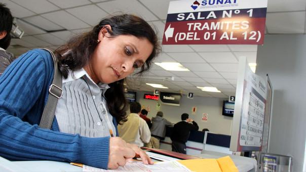 Peruanos podrán descontar impuestos por hasta 3 UIT
