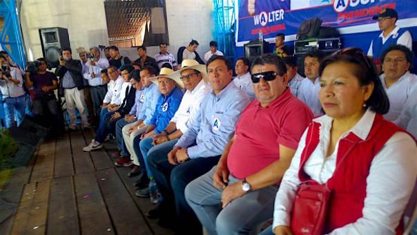 César Acuña presenta sus candidatos a los municipios de Cajamarca