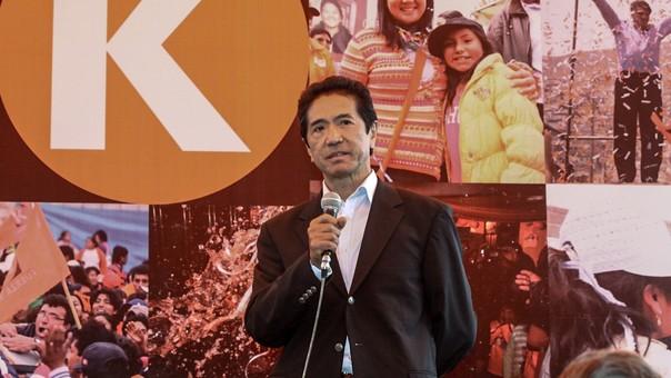 Yoshiyama fue candidato a la vicepresidencia en 2011 con Fuerza 2011.
