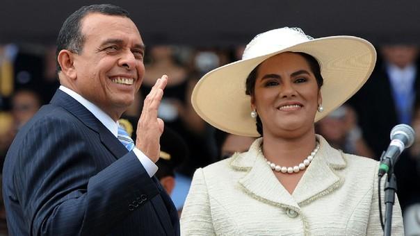 Porfirio Lobo y su esposa, Rosa Elena Bonilla, el día de su tomo de mando.