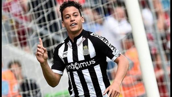 Cristian Benavente ha marcado 10 goles en la temporada con Sporting Charleroi.