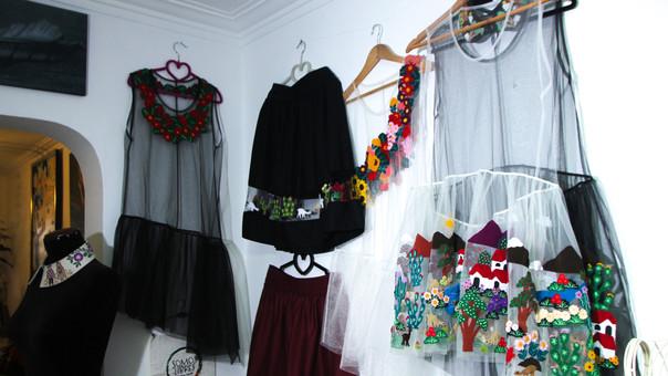 Estos son los diseños que elabora Lourdes Chambi.