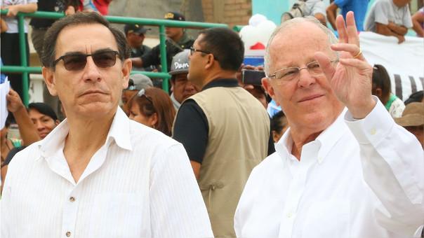Martín Vizcarra junto a Kuczynski durante su última aparición pública en el Perú.