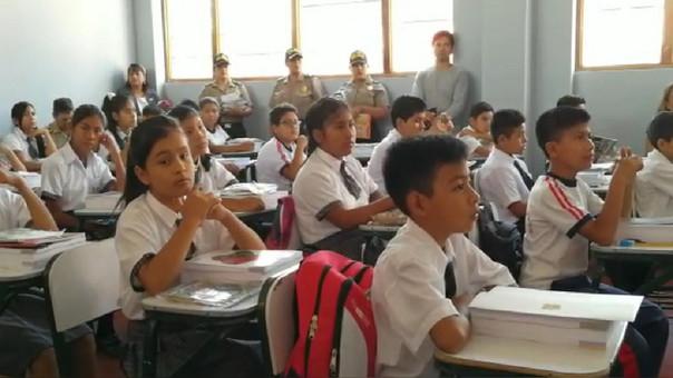 Más de 400 mil alumnos iniciaron clases escolares en Piura  e017c87ae26
