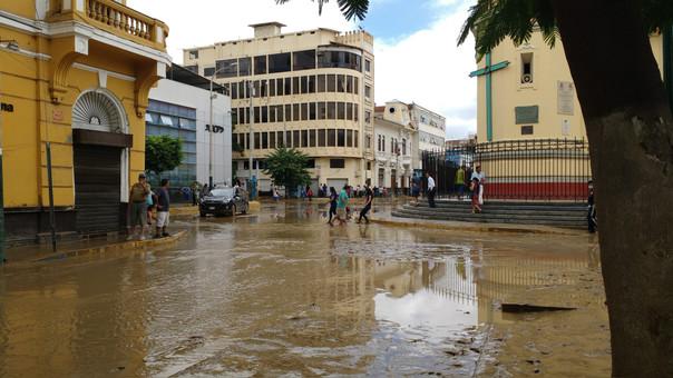 Ciudadanos realizarán marcha a un año del desborde del río Piura ... aa54c2ee489