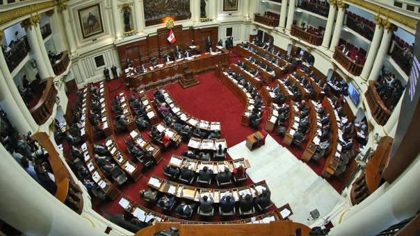 Con 87 votos a favor fue aprobada a debate la moción de vacancia presidencial.