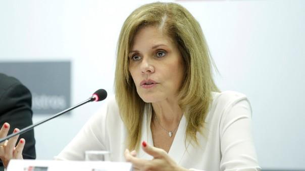 La vicepresidenta se mostró optimista en que Pedro Pablo Kuczynski logre superar la vacancia presidencial.