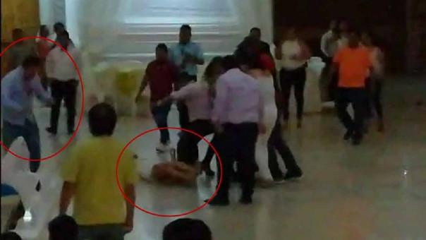 Durante la fiesta, el agresor propina una fuerte patada en el estómago a joven de 27 años.