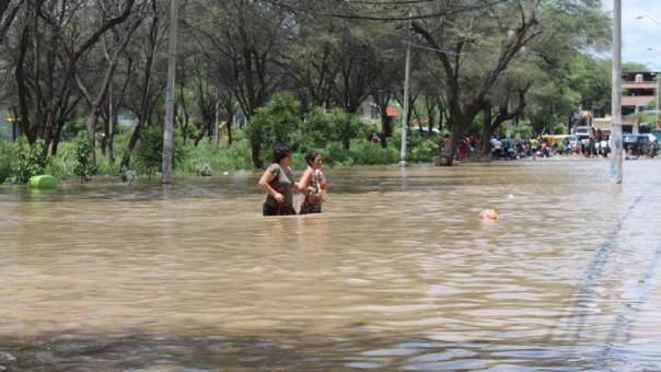 A casi 1 año del desborde del río Piura, no mucho ha cambiado en la región Piura que espera por obras de reconstrucción.