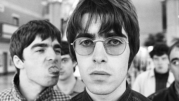 Liam invita a Noel Gallagher a reofrmar Oasis