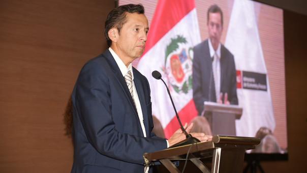 Ministro adelantó que la próxima semana presentará lista de acciones concretas con el fin de mejorar el crecimiento de la economía peruana.