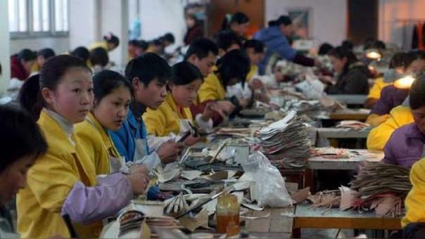 La semana pasada la Oficina del Representante de Comercio Exterior de EE.UU. publicó un listado de 1,300 productos chinos a los que se le impondrán aranceles como respuesta a las prácticas comerciales de China que considera
