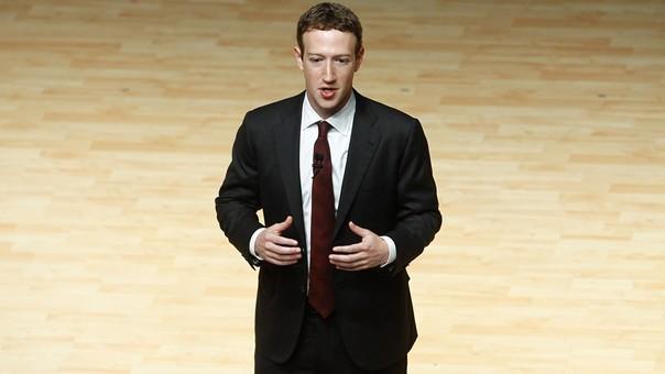 El fundador de Facebook deberá defender solo a la red social el martes y miércoles.