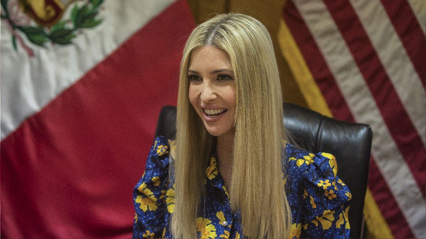 Ivanka Trump durante una reunión en la Bolsa de Valores de Lima.