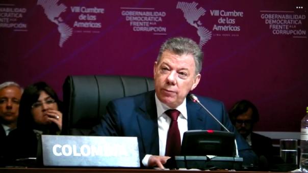 Sector privado debe tener participación en la lucha contra la corrupción, indicó el mandatario colombiano.