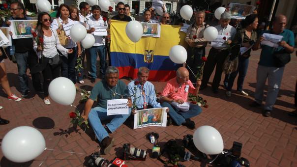 COLOMBIA ECUADOR PRENSA