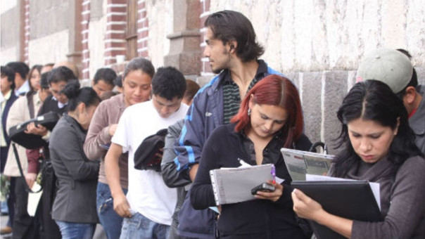 Uno de cada cinco jóvenes en Lima está desempleado.
