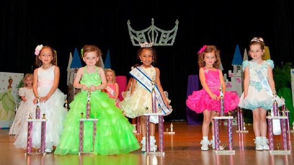 Prohibición de concursos de belleza para niños en Bolivia.