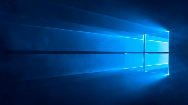 Windows 10 salió al público 28 de julio de 2015.