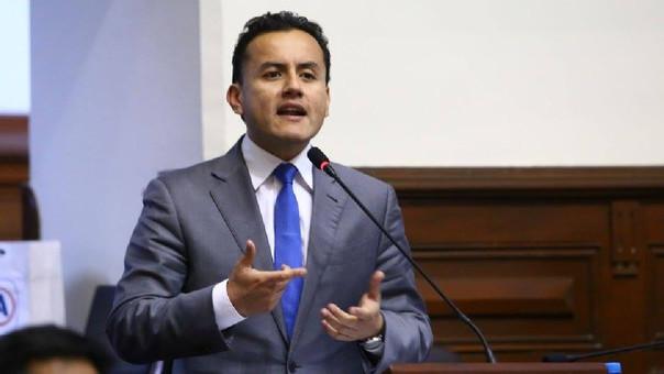 Suspenden sesión donde se vería el levantamiento de su inmunidad — Richard Acuña