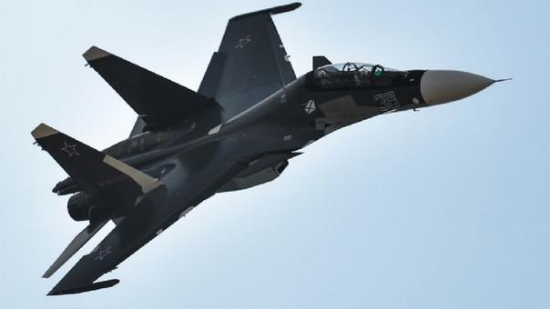 Murieron dos pilotos al estrellarse un caza bombardero ruso — Siria