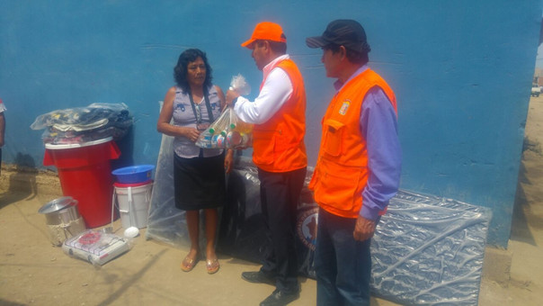 Entrega de ayuda humanitaria