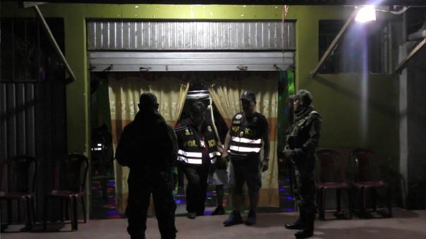 En el operativo participaron más de 100 policías y dos fiscales.