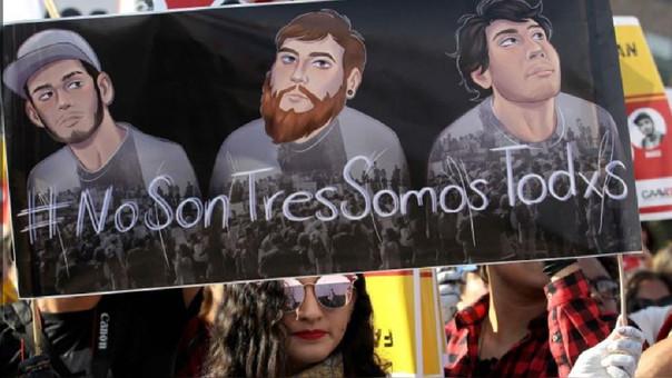 Protesta por los tres estudiantes