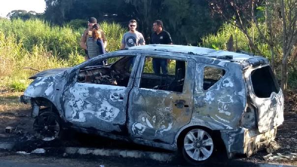 El coche del conductor de la aplicación fue encontrado incendiado.