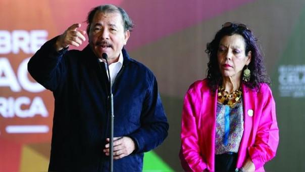 Daniel Ortega y su esposa Rosa Murillo son presidente y vicepresidenta respectivamente