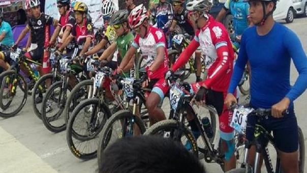 Carrera de Ciclismo en Reque