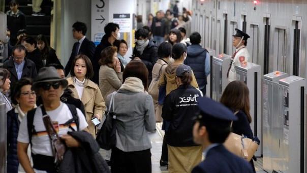 Esta es la segunda vez en seis meses que un tren japonés sale de la estación antes de hora.