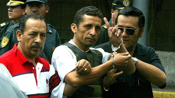 El dos de enero del 2005, Antauro Humala comandó una rebelión junto a soldados del Ejército y lograron tomar la comisaría de Andahuaylas.