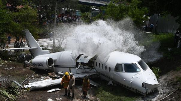 Aeronáutica Civil Pavel Espinal dijo que el accidente pudo obedecer a un error humano.