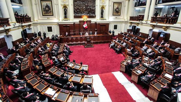 Pleno del Congreso decidió que el proyecto de García Belaunde regrese a comisiones.